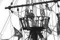 Pirate ship Brixham Harbour 1Ds II12CL8727.JPG