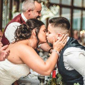 professional wedding photographer bridgend.jpg